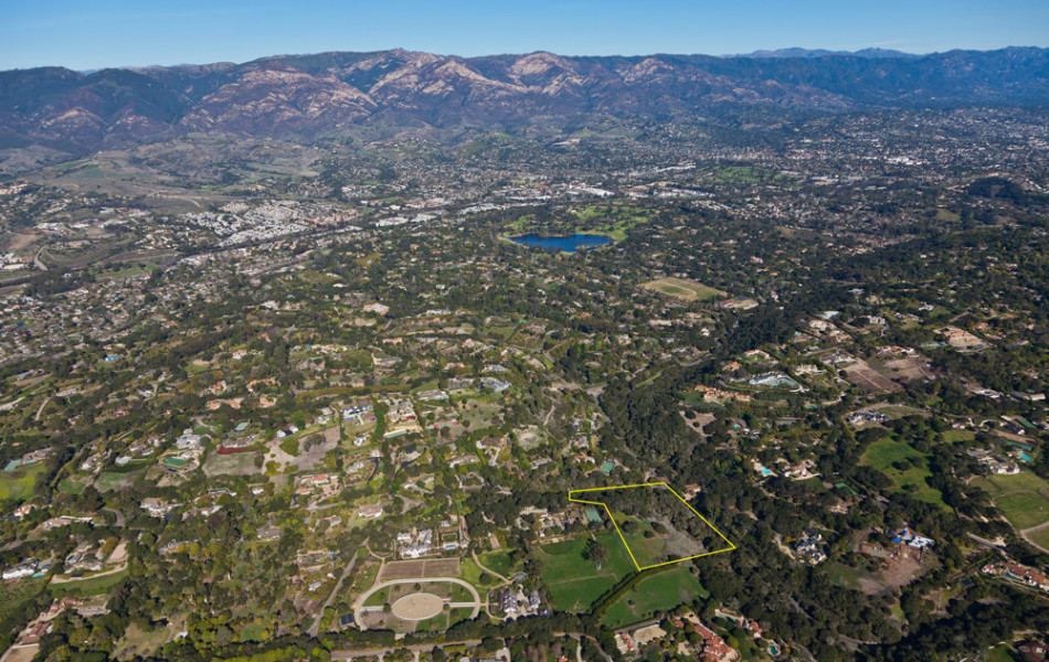w-Mountain Lot Aerial